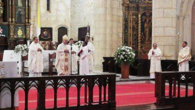Photo of Monseñor Benito Ángeles dice hay una fuerte tendencia a confundir ética de la información con normas legales.
