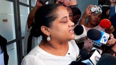 Photo of Interrogan ex fiscal investigada por poner droga en barbería de Villa Vásquez.