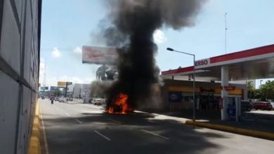 Photo of Se incendia ambulancia en avenida John F. Kennedy.