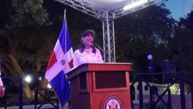 Photo of Bernstein destaca los logros de su primer año como embajadora.