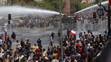 Photo of Manifestaciones no cesan en todo Chile.
