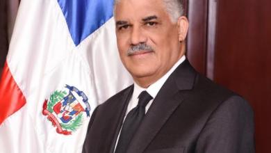 Photo of Canciller Miguel Vargas llama a dar un uso correcto a símbolos patrios.