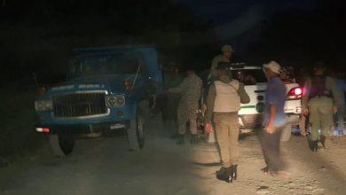 Photo of Apresan a 4 personas por extracción de materiales en rio Nizao.