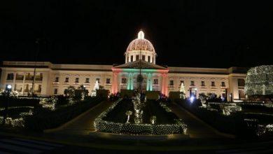 Photo of Encienden las luces de Navidad en el Palacio Nacional.