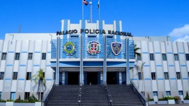 Photo of Desconocidos matan en su residencia a un coronel retirado de la Policía Nacional.