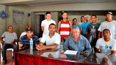 Photo of Choferes exigen cambiar flotilla vehicular con el impuesto de RD$2.00 al galón de combustibles.