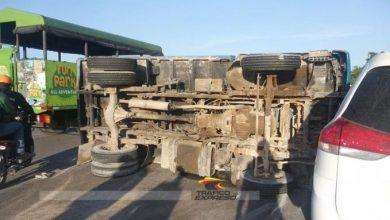 Photo of Se vuelca camión cargado de haitianos y deja varios heridos en carretera Bávaro–Miches.