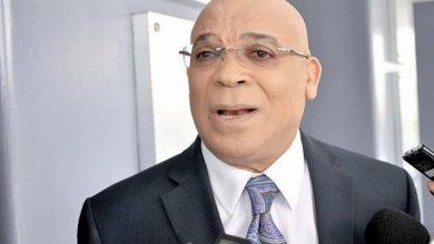 Photo of Marino Zapete denuncia presiones del procurador por revelar contratos firmados por su hermana y Gonzalo Castillo.