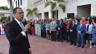 Photo of Ministro de Educación pide colegios privados cumplan calendario escolar.