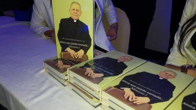 Photo of Agripino Núñez Collado pone en circulación libro que recoge sus memorias.