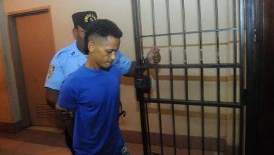 Photo of Envían a la cárcel del 15 de Azua a Franklin Fernández por el asesinato de Yaneisy.