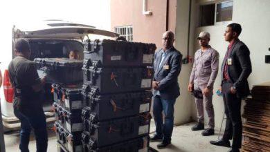 Photo of Trasladan equipos del voto automatizado bajo custodia hacia la JCE.