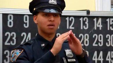 Photo of Joven dominicano es el primer oficial de la Policía de NY que habla por señas.