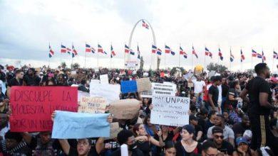 Photo of Se cumplen tres días de protesta sin respuestas.