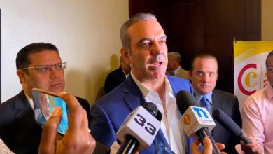 Photo of Abinader dice no tiene prisa y elegirá candidato vicepresidencial en el plazo de la Ley.