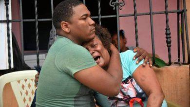 Photo of Identifican a las víctimas de fuego en Los Girasoles, seis horas después cadáveres yacen en el lugar.
