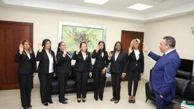 Photo of Ventura Camejo juramenta Comisión de Ética del Ministerio de Administración Pública.