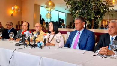 Photo of Oposición pide traducir cacerolazos en votos.