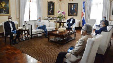 Photo of El Gobierno cierra dos ministerios y otras 57 instituciones por el coronavirus.