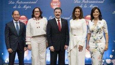 Photo of Claro ofrece un almuerzo a mujeres destacadas del país.