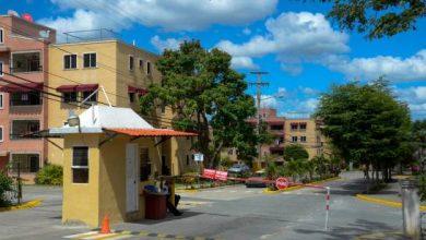 Photo of Denuncian asaltantes se hacen pasar por médicos para robar en condominios.