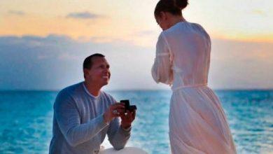 Photo of Jennifer López revela porqué no se ha casado con Alex Rodríguez a un año de su compromiso.