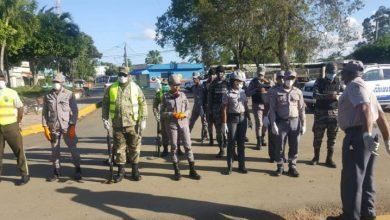 Photo of Casi 20,000 detenciones en República Dominicana por violar toque de queda.