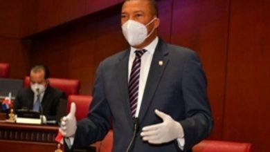 Photo of PRM denuncia el PLD reparte panes y piñas con fotos de candidatos en horario del toque de queda.
