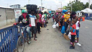 Photo of Haitianos sin trabajo retornan a su país.