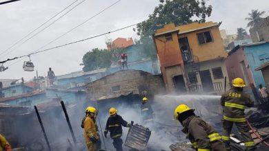 Photo of Fuego deja a tres familias sin hogar en Gualey.