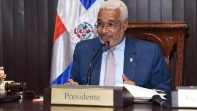 Photo of Radhamés Camacho felicita a los maestros dominicanos.