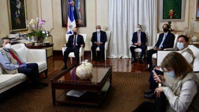 Photo of Presidente Danilo recibe a representantes de la misión de observadores electorales de la OEA.