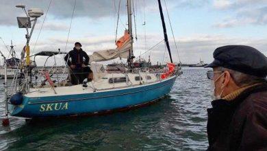 Photo of Ante la cancelación de vuelos, un hijo navega solo por el Atlántico para ver a su padre de 90 años.