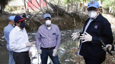 Photo of CAASD continúa proceso de saneamiento de la cañada de Arroyo Hondo.