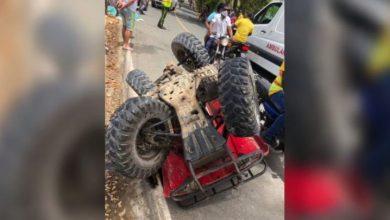 Photo of Mueren dos jóvenes tras deslizarse en four wheels y chocar con poste de luz en Las Terrenas.