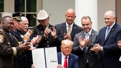 Photo of Decreto de Trump incentiva buenas prácticas de Policía.