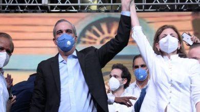 Photo of Luis Abinader gana la presidencia tras un insólito proceso electoral.