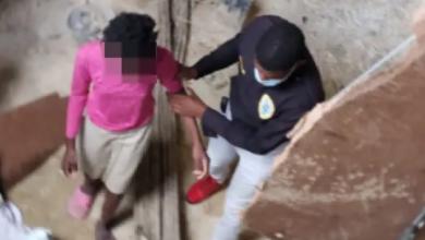 Photo of Padres haitianos dejan amarradas adentro de una cisterna a sus tres hijas.