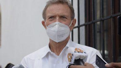 Photo of La Cancillería tomará la tijera para reducir la nómina.