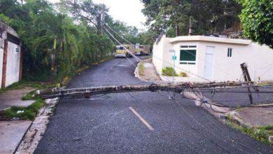Photo of Isaías deja a más de 219,000 clientes sin el servicio eléctrico.