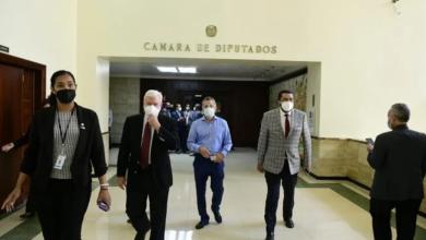 Photo of Representantes iglesias evangélicas reiteran posición contra aborto tras entregar carta al presidente Cámara de Diputados.