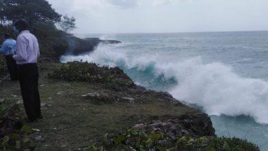 Photo of Suspenden por el momento búsqueda del cadáver de Liz María por oleaje del mar Caribe.
