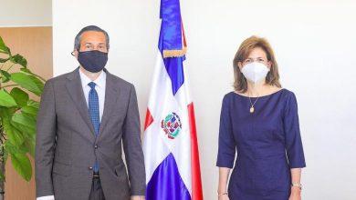 Photo of Vicepresidenta de la República y Ministro de Medio Ambiente conversan sobre planes de cooperación.