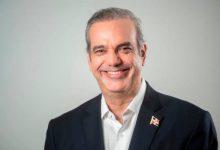 Photo of Presidente Abinader afirma mejorará salarios a policías en el 2021.