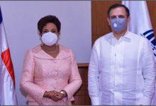 Photo of Nacionales La Superintendente de Seguros Josefa Castillo presenta proyectos a ministro de Hacienda Jochi Vicente