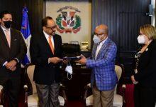 Photo of Poder Ejecutivo deposita en Congreso proyecto de ley de Referendo