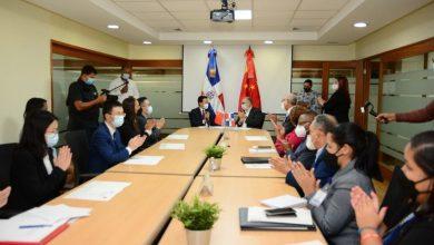 Photo of República Dominicana y China firman segundo acuerdo de Cooperación por más de mil millones de pesos
