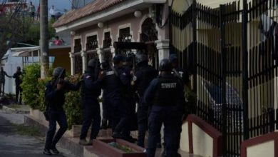 Photo of Se entrega hombre estaba atrincherado en vivienda tras matar esposa