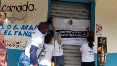 Photo of Cierran establecimientos que vendían alcohol adulterado