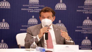 Photo of Ito Bisonó informa que dio positivo a la COVID-19